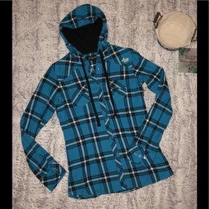 🌸FOX🌸 Women's blue fox plaid flannel button up💕